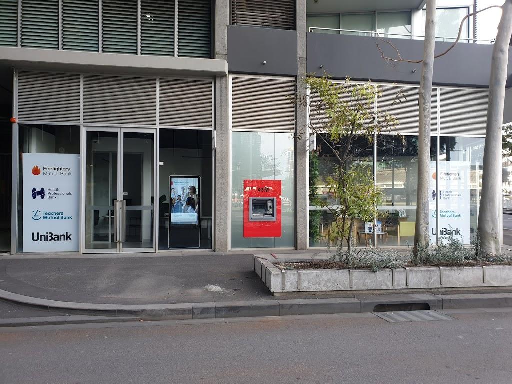Health Professionals Bank | bank | 1/8-18 McCrae St, Docklands VIC 3008, Australia | 1800472265 OR +61 1800 472 265