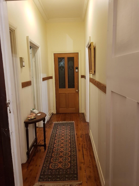 Glorias Cottage | lodging | 369 Leonard St, Hay NSW 2711, Australia | 0497322803 OR +61 497 322 803