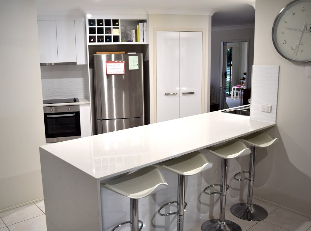 Instyle Custom Kitchens | home goods store | 5 Nissen St, Pialba QLD 4655, Australia | 0741242073 OR +61 7 4124 2073