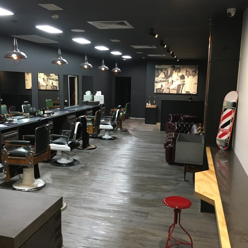 Luigi and Sons Barber Shop Chirn Park | hair care | 58 Brooke Ave, Southport QLD 4215, Australia | 0756270350 OR +61 7 5627 0350