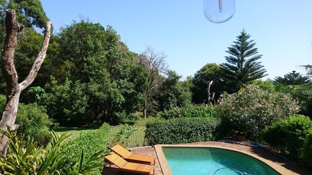 Castle Cove Park   park   36 Holly St, Castle Cove NSW 2069, Australia   0297771000 OR +61 2 9777 1000