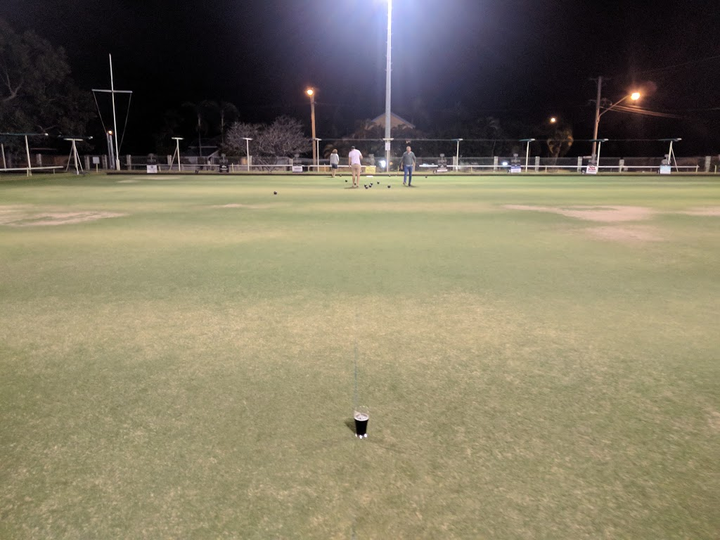 Cutheringa Bowls Club | restaurant | 8 Harold St, West End QLD 4810, Australia | 0747713742 OR +61 7 4771 3742
