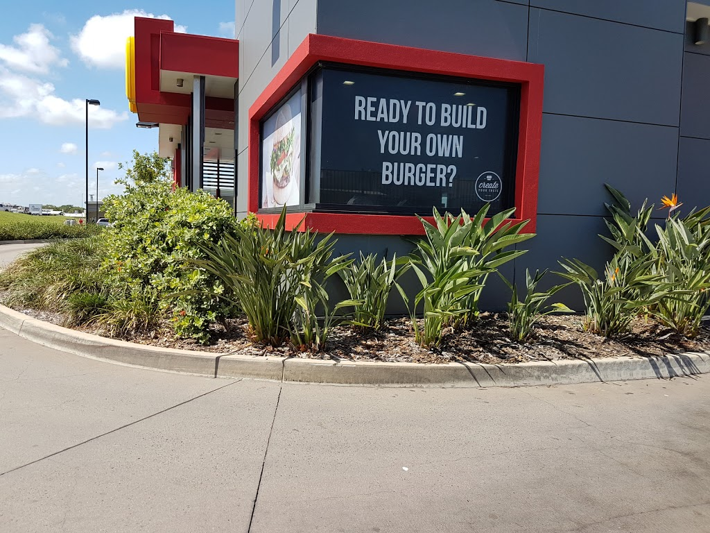 McDonalds Mackay Northern Beaches | cafe | 13 Rosewood Dr, Rural View QLD 4740, Australia | 0748402136 OR +61 7 4840 2136