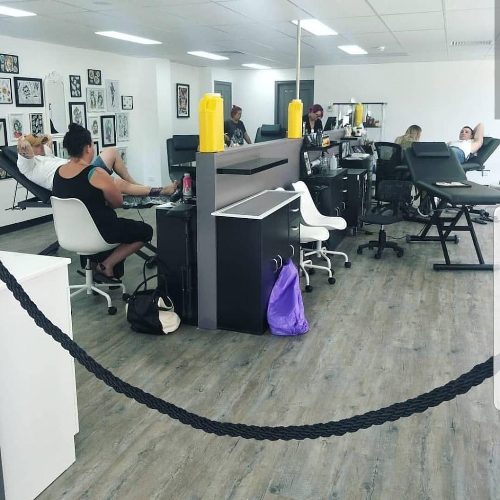 Black Ivy Tattoo | store | 440 Hamilton Rd, Chermside QLD 4032, Australia | 0733575675 OR +61 7 3357 5675