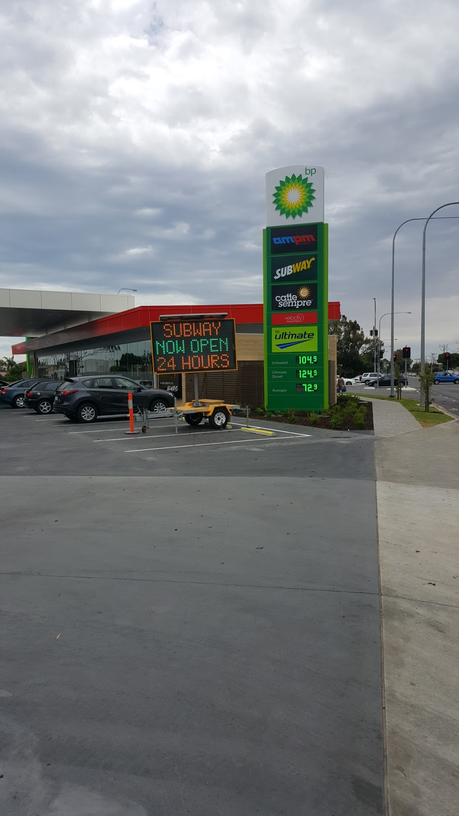 BP | gas station | 40 Frederick Rd, West Lakes SA 5021, Australia | 0882444154 OR +61 8 8244 4154