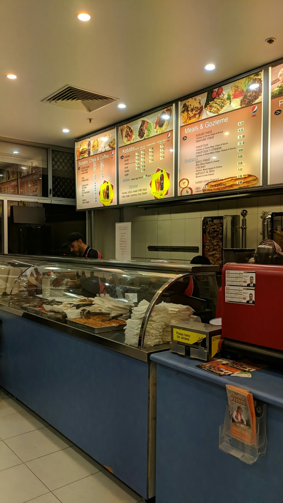 Thornlie Kebabs | restaurant | 27/318 Spencer Rd, Thornlie WA 6108, Australia | 0894523132 OR +61 8 9452 3132