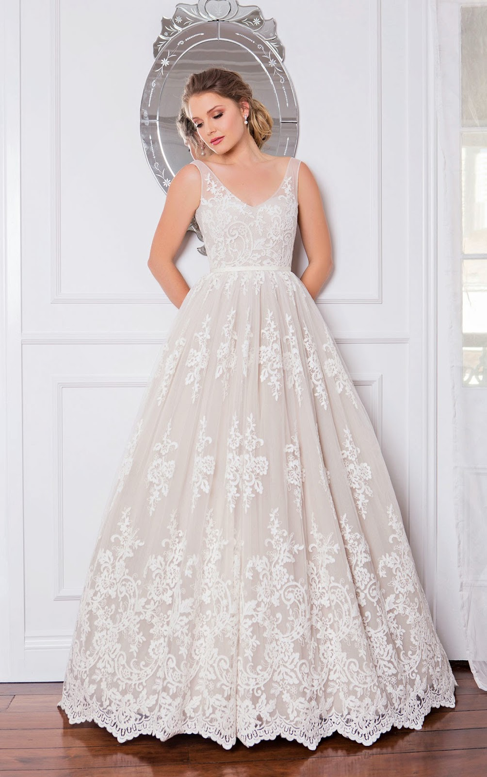 Wendy Makin Bridal Designs | clothing store | 179 Wellington Rd, East Brisbane QLD 4169, Australia | 0738230100 OR +61 7 3823 0100