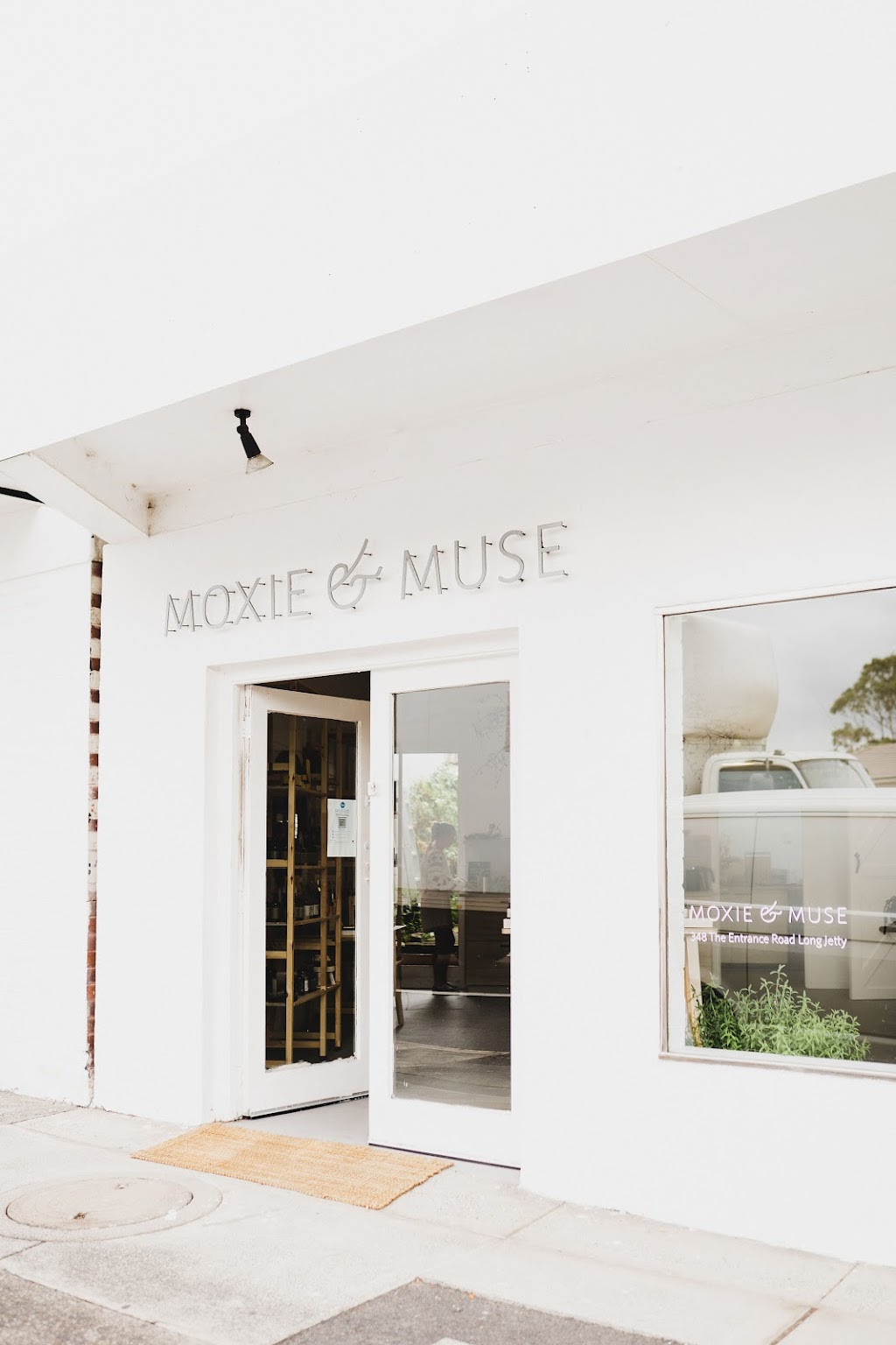 Moxie and Muse | hair care | 348 The Entrance Rd, Long Jetty NSW 2261, Australia | 0451232258 OR +61 451 232 258