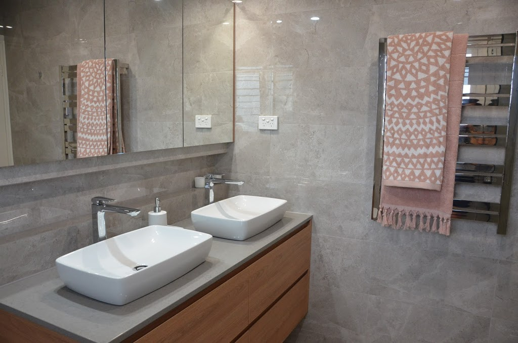 Dolphin Bathrooms | home goods store | Unit 2/39 Grimwade St, Mitchell ACT 2911, Australia | 0262428544 OR +61 2 6242 8544