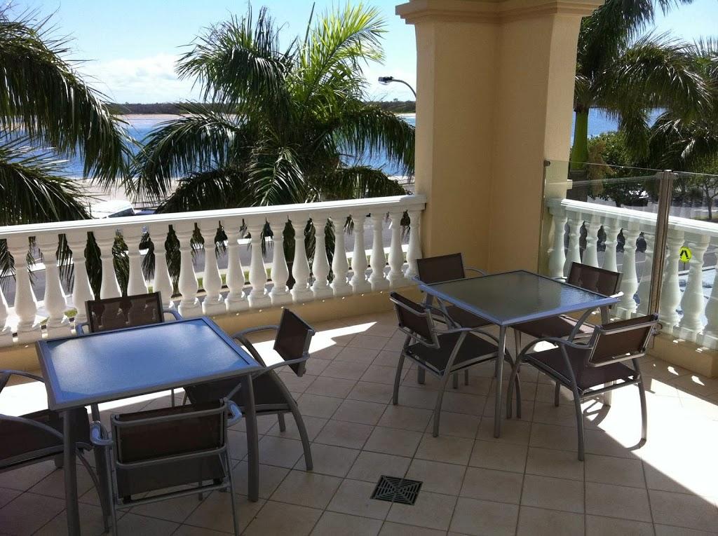 The Grand Apartments Gold Coast | lodging | 360 Marine Parade, Labrador QLD 4215, Australia | 0755526000 OR +61 7 5552 6000