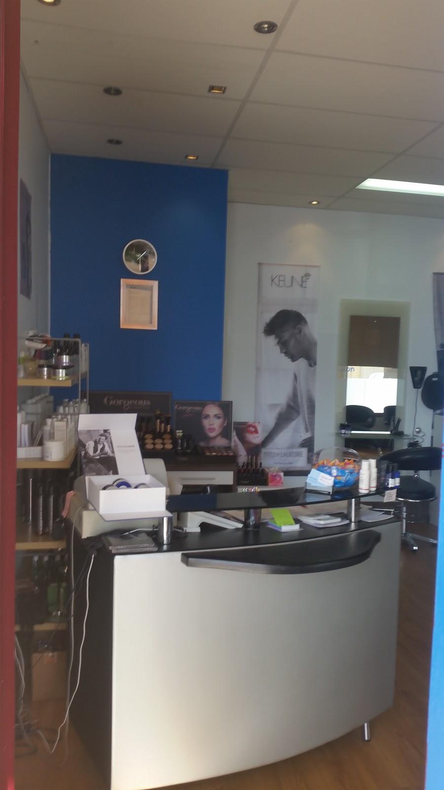 Headz Hairdressing Unisex Hair Salon | hair care | 9/214 Campbell Rd, Canning Vale WA 6155, Australia | 0894552022 OR +61 8 9455 2022