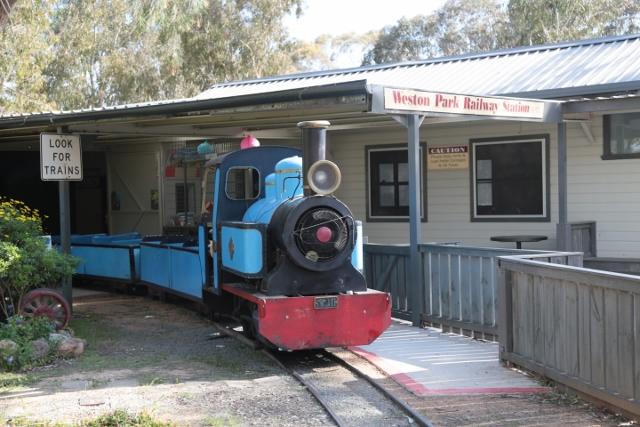 Yarralumla Play Station | zoo | 9 Pescott Ln, Yarralumla ACT 2600, Australia | 0262822714 OR +61 2 6282 2714