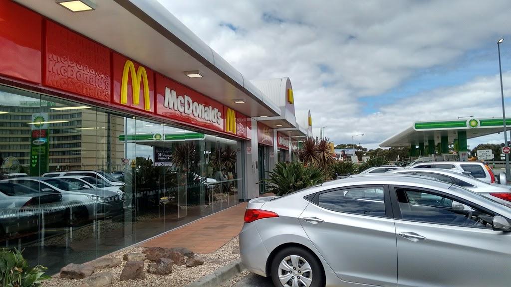 Bp Gas Station Centre Rd And Melbourne Dr Melbourne Airport Vic 3045 Australia