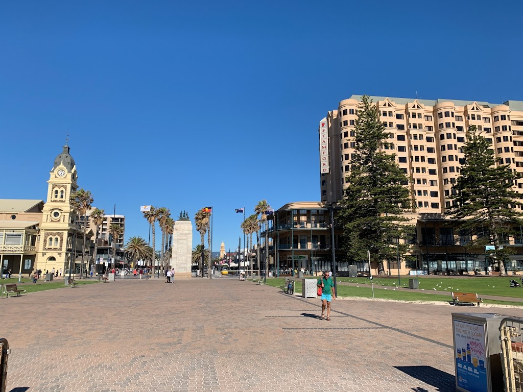 Glenelg Pioneer Memorial   park   Mosely Square, Glenelg SA 5045, Australia