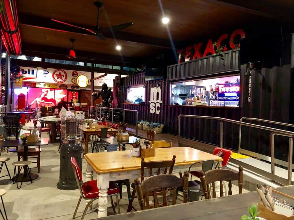 Maxs Diner and Bar | restaurant | 28 Main St, Narangba QLD 4504, Australia