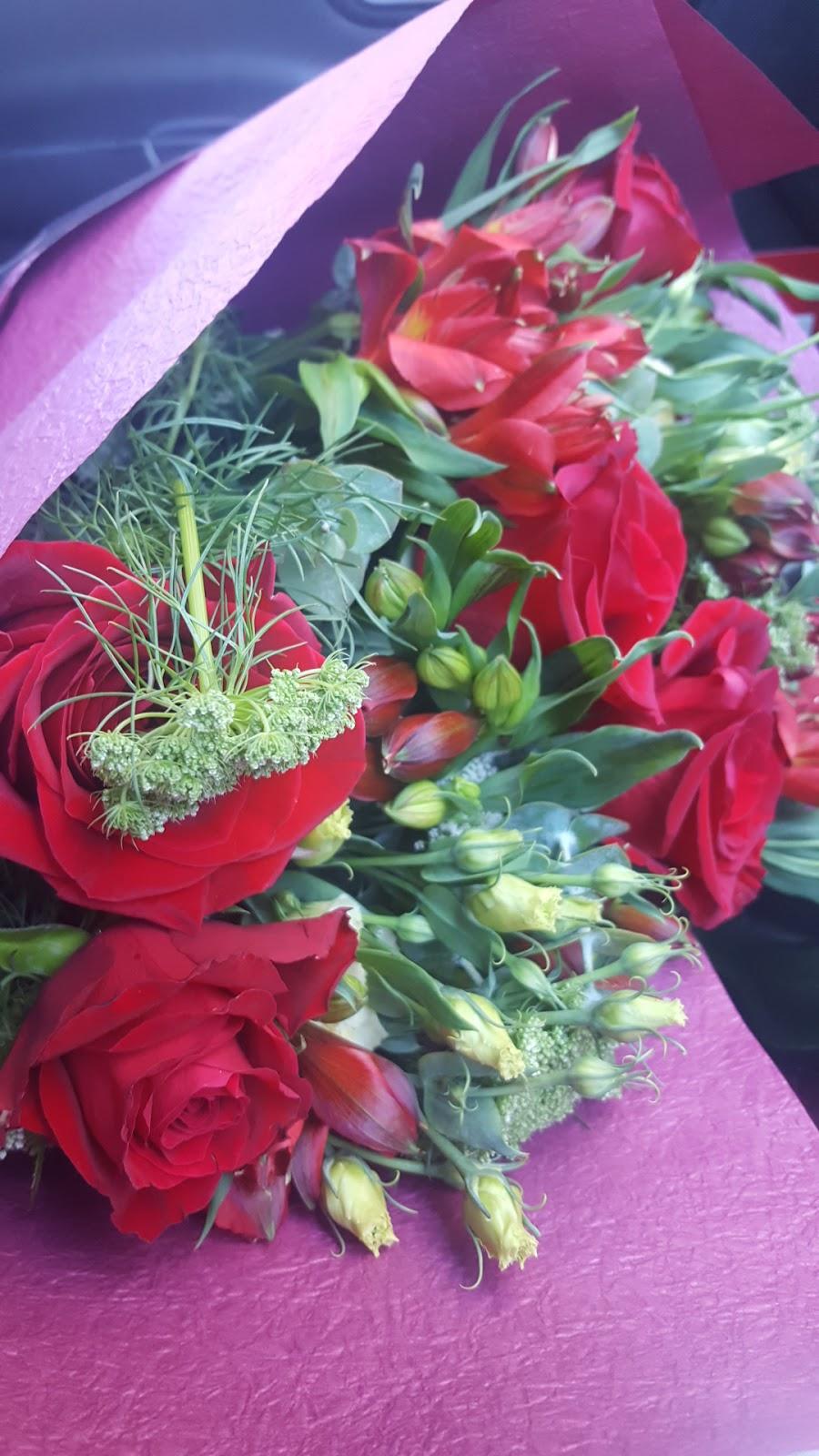 Stems Flower Market   florist   7 Mair St E, Ballarat Central VIC 3350, Australia   0353344284 OR +61 3 5334 4284