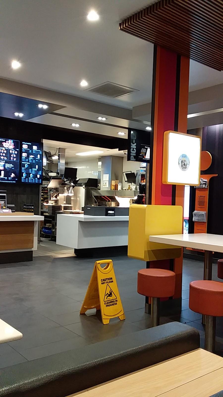 McDonalds Epsom | cafe | 582/586 Napier St, White Hills VIC 3550, Australia | 0354485194 OR +61 3 5448 5194