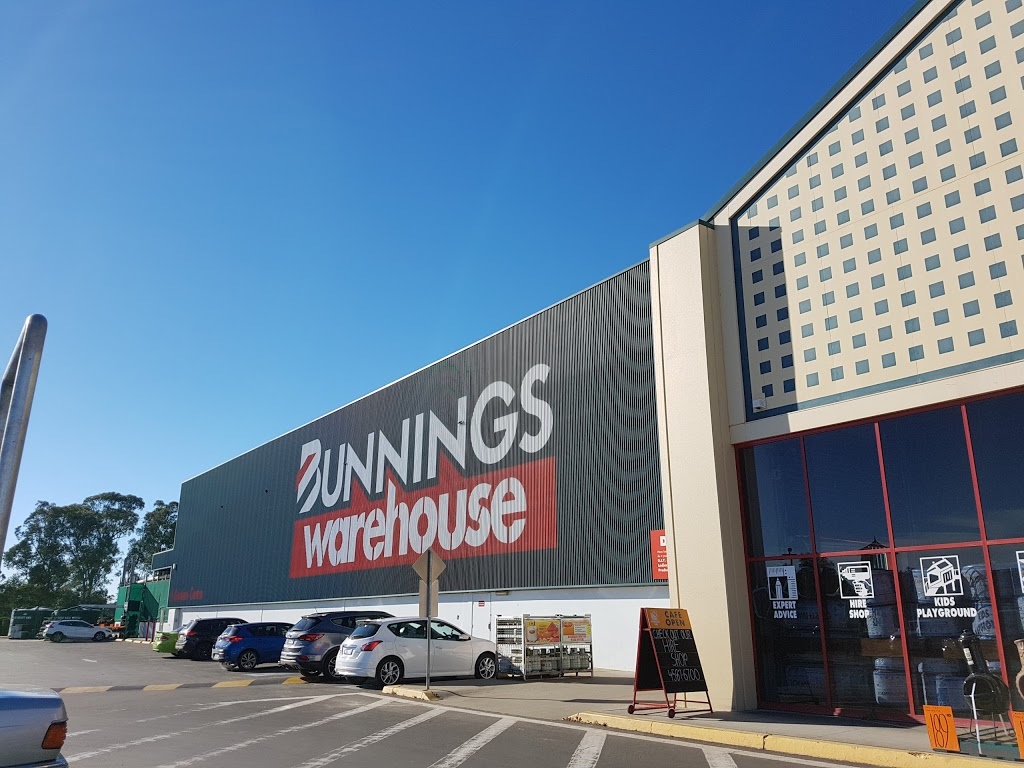 McGraths Hill Home | shopping mall | Industry Rd, Vineyard NSW 2765, Australia | 0296341116 OR +61 2 9634 1116