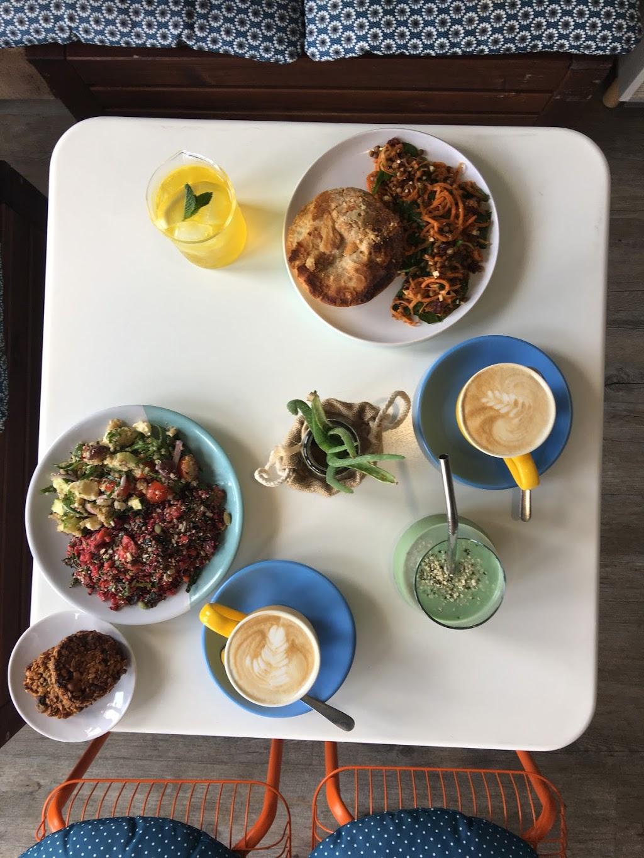 Kin & Tonics | health | shop 6/58 Brooke Ave, Southport QLD 4215, Australia | 0756880855 OR +61 7 5688 0855