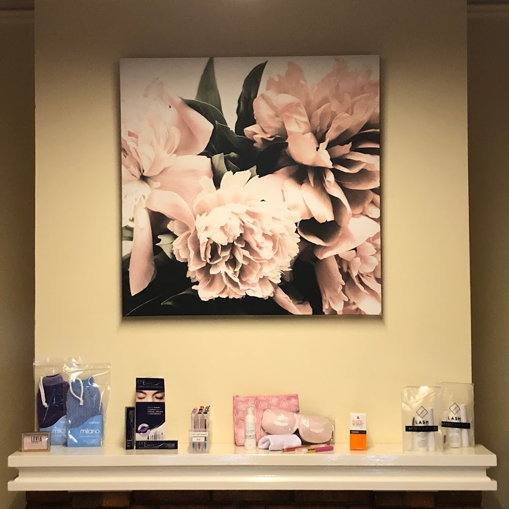 Loxia Lash & Beauty | beauty salon | 145 Mostyn St, Castlemaine VIC 3450, Australia | 0492849702 OR +61 492 849 702