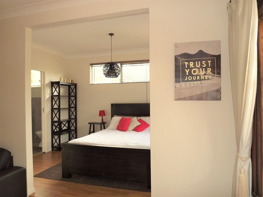 Red Ginger Cabin | lodging | 66 Jensen Rd Ninderry, Yandina QLD 4561, Australia | 0487758359 OR +61 487 758 359
