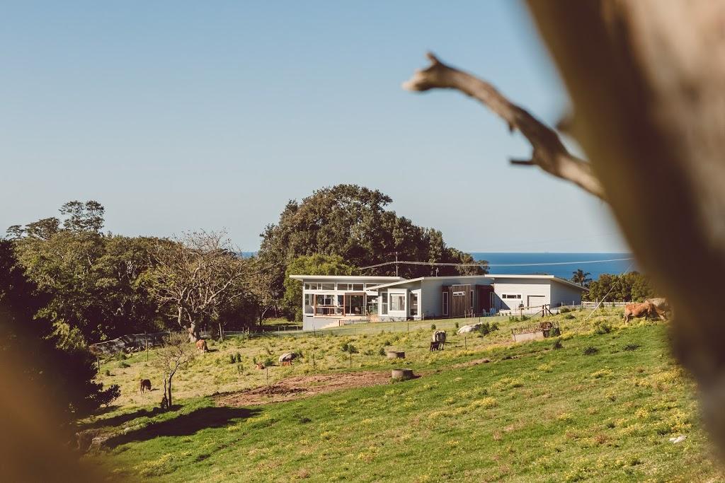 The Pole Home Centre | point of interest | 29 Paringa Ave, Davistown NSW 2251, Australia | 0243632666 OR +61 2 4363 2666