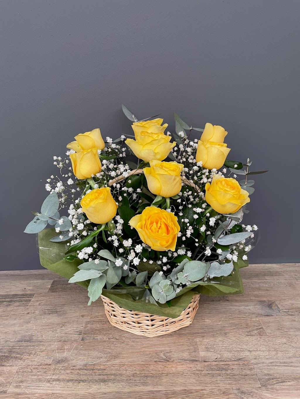 Amanda Jayne Flowers | florist | Shop 91/187 Gympie Terrace Noosaville 4566, Australia | 0431795477 OR +61 431 795 477