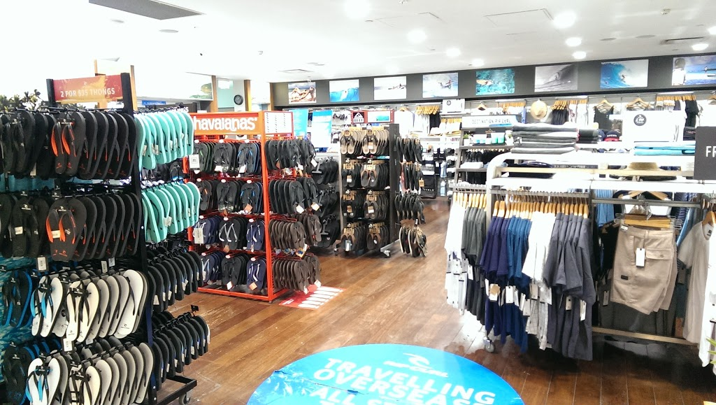 Rip Curl Tullamarine - International | clothing store | Sky Plaza T2, Melbourne Airport Terminal, 2/11 Airport Dr, Melbourne Airport VIC 3045, Australia | 0393303591 OR +61 3 9330 3591