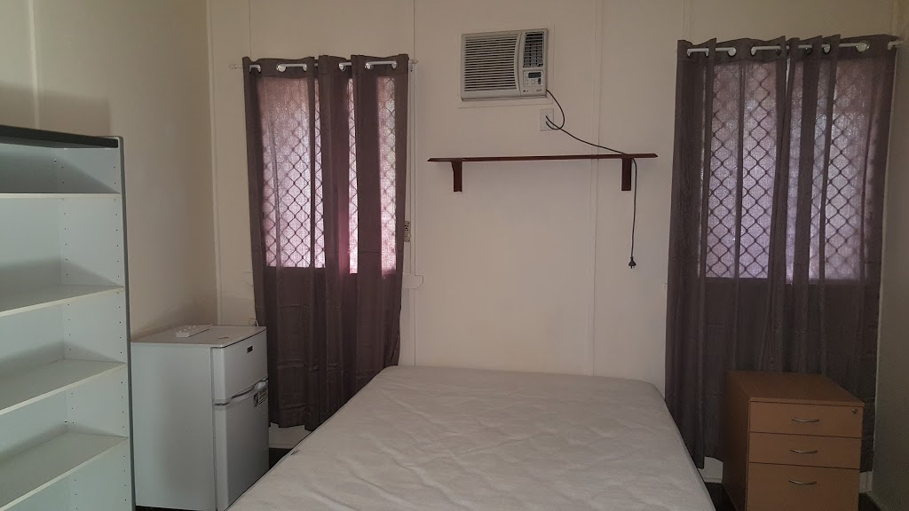 Townsville Guesthouse | lodging | 1 Stagpole St, West End QLD 4810, Australia | 0447954495 OR +61 447 954 495