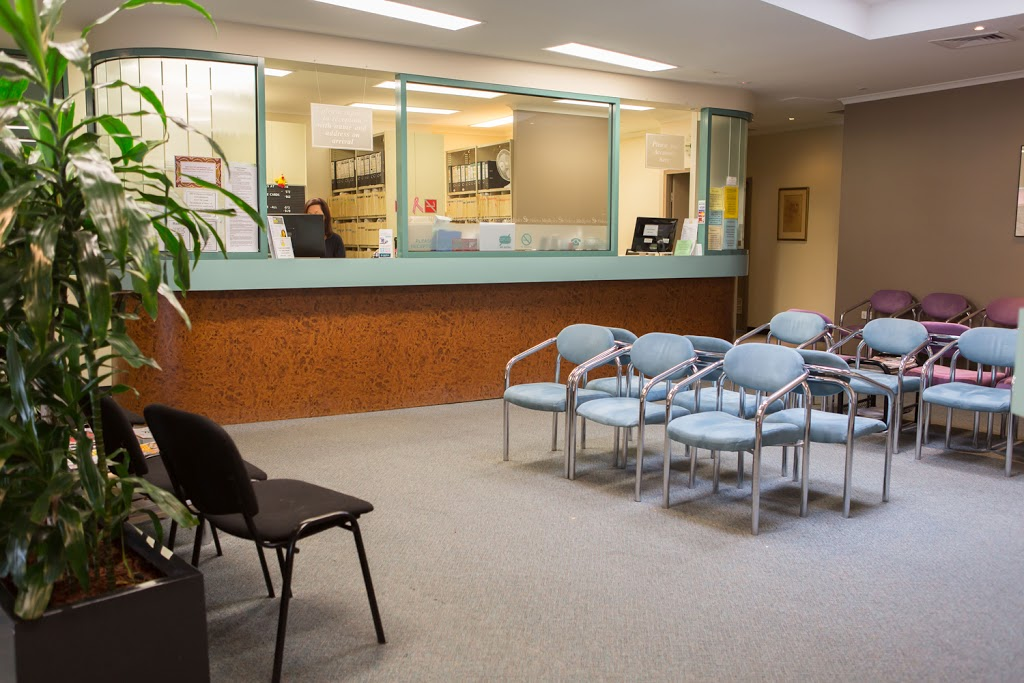 Dr Gary Rose   doctor   212 Aqueduct Rd, St Helena VIC 3088, Australia   0394385666 OR +61 3 9438 5666