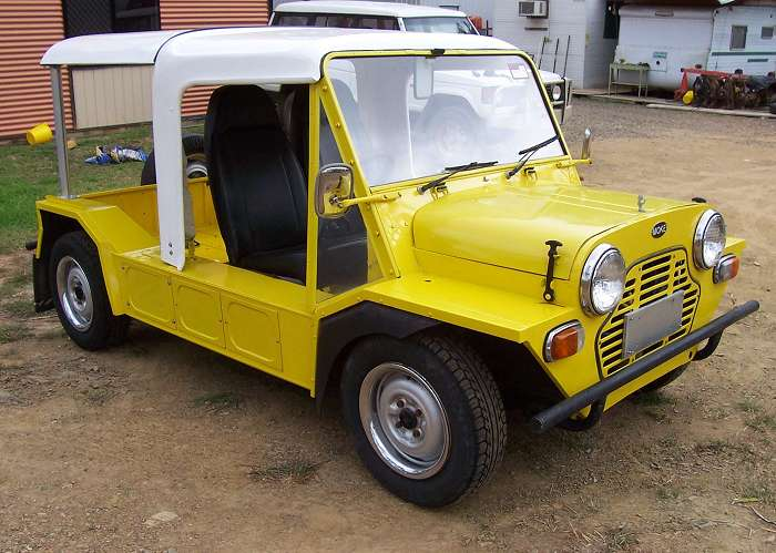Geoffs Custom Design Body Works | car repair | 25 Rogers Rd, Boyne Island QLD 4680, Australia | 0408739500 OR +61 408 739 500