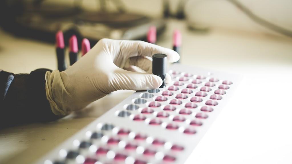 Make UP Cosmetics | store | 7/5 Spall St, Carrara QLD 4211, Australia | 0430388266 OR +61 430 388 266