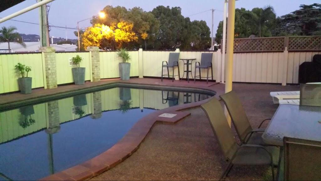 Highlander Motor Inn Toowoomba | hospital | 226/228 James St, South Toowoomba QLD 4350, Australia | 0746384955 OR +61 7 4638 4955