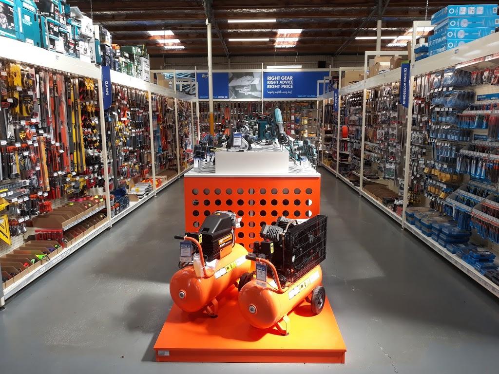 Becks Mitre 10 | hardware store | 31 W Church St, Deloraine TAS 7304, Australia | 0363622966 OR +61 3 6362 2966