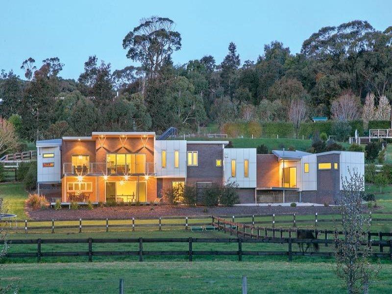 Ballarat Building Design | point of interest | 4 Charles Dr, Cardigan Village VIC 3352, Australia | 0448330409 OR +61 448 330 409
