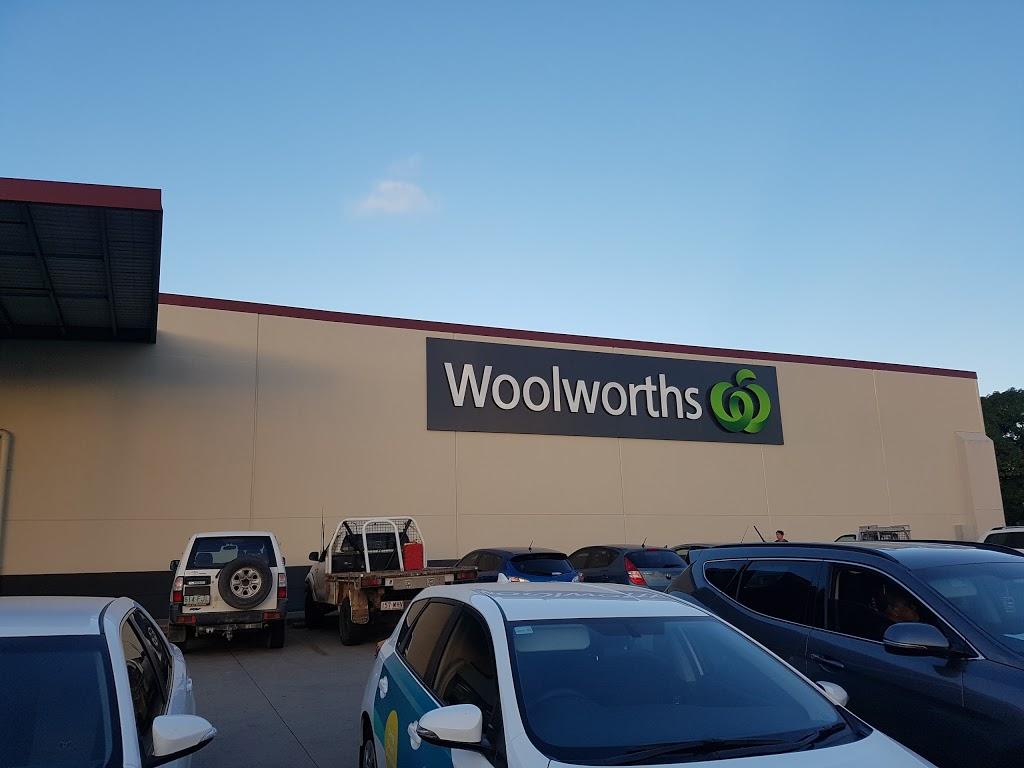 Woolworths Sarina | supermarket | Broad St, Sarina QLD 4737, Australia | 0749678200 OR +61 7 4967 8200