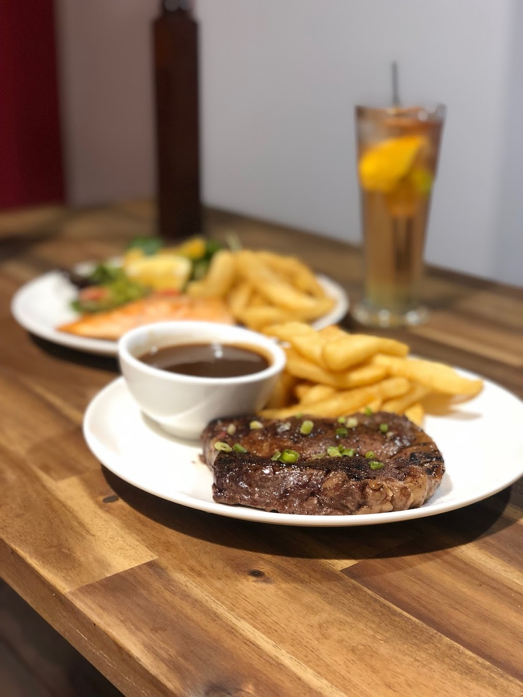 Grand Central Cafe | cafe | 10 Little Fletcher St, Townsville City QLD 4810, Australia | 0747724842 OR +61 7 4772 4842