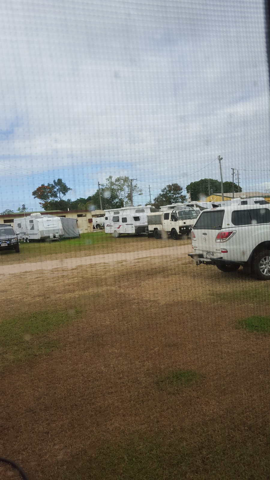 Home Hill Showgrounds | campground | Sixth Ave, Home Hill QLD 4806, Australia | 0414490016 OR +61 414 490 016