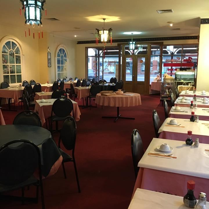 Four Seasons Chinese restaurant | restaurant | 58 Sackville St, Port Fairy VIC 3284, Australia | 0355681889 OR +61 3 5568 1889