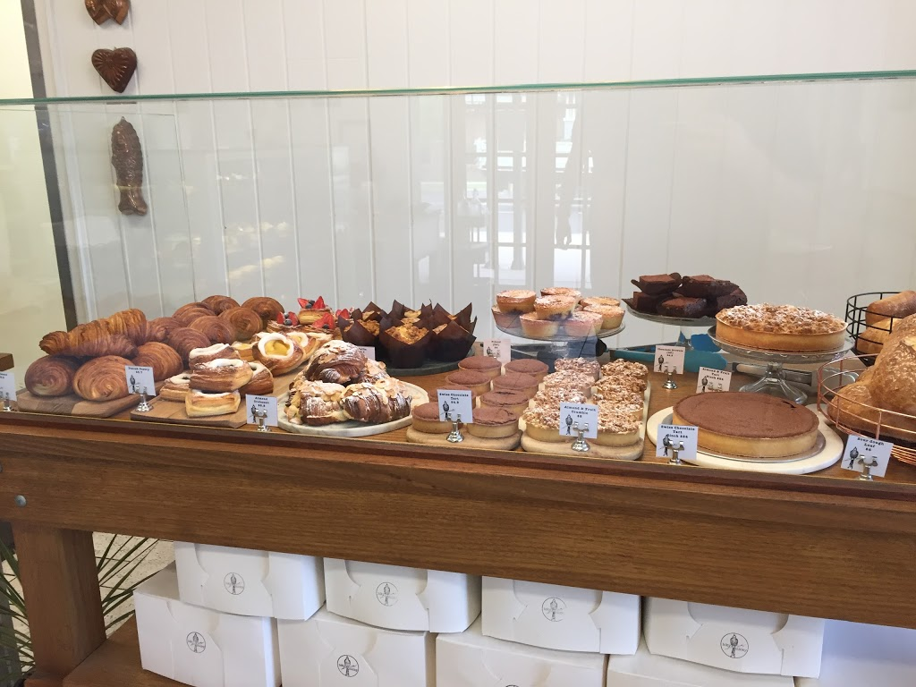 The Icky Sticky Patisserie | bakery | 2/27 Belmore Rd, Lorn NSW 2320, Australia