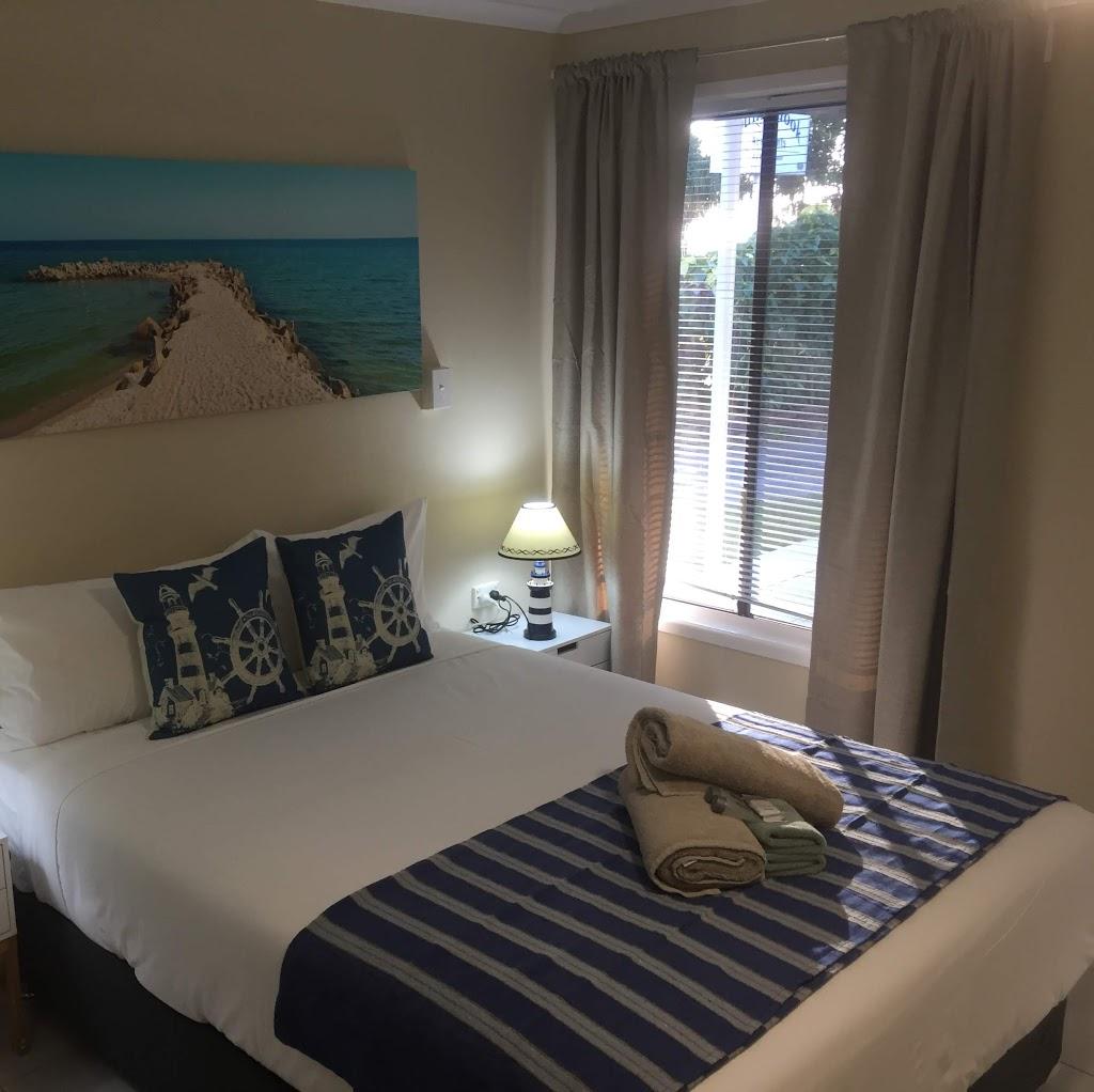 Hervey Bayline Motel   lodging   480 Charlton Esplanade, Hervey Bay QLD 4655, Australia   0412751216 OR +61 412 751 216