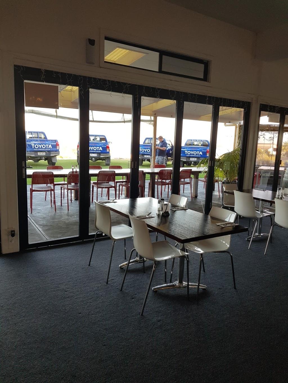 Tavern on Turton | restaurant | 154 Bayview Rd, Point Turton SA 5575, Australia | 0888545063 OR +61 8 8854 5063