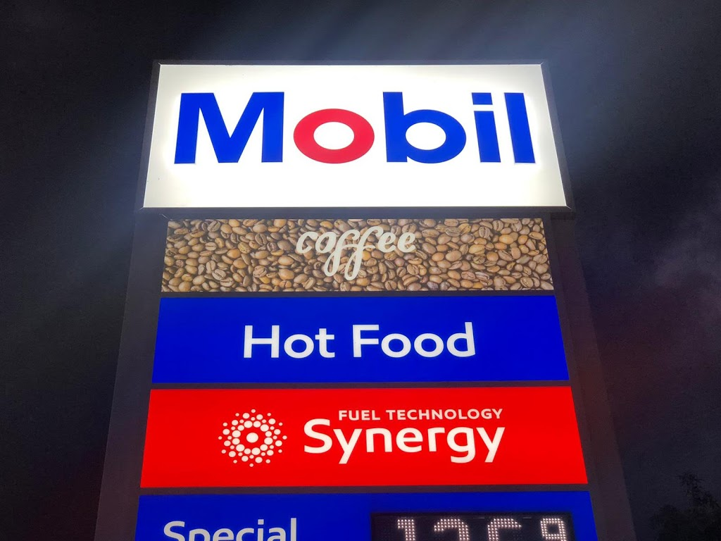 Mobil | gas station | 49-51 Maitland St, Muswellbrook NSW 2333, Australia | 0265410271 OR +61 2 6541 0271