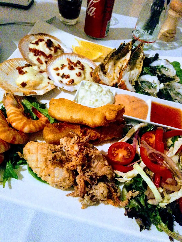 Port Scallywag | restaurant | 375 Quay St, Depot Hill QLD 4700, Australia | 0490450264 OR +61 490 450 264