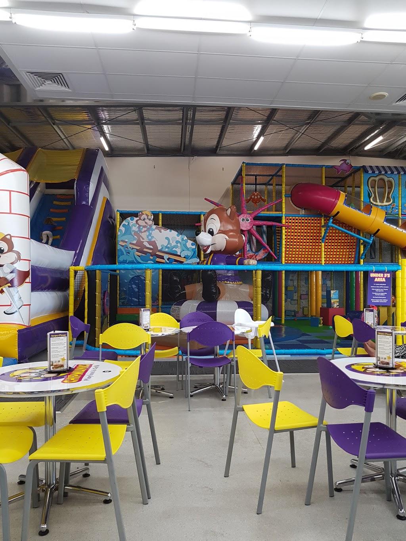 Chipmunks Playland & Cafe | cafe | 1/3 Woodman Ct, West End QLD 4810, Australia | 0747242219 OR +61 7 4724 2219