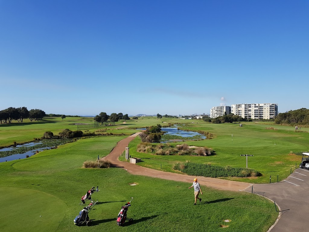 Wollongong Golf Club | lodging | 151-161 Corrimal St, Wollongong NSW 2500, Australia | 0242223111 OR +61 2 4222 3111