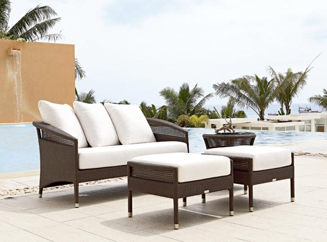 Living On The Outside | furniture store | 21 Caloundra Rd, Caloundra West QLD 4551, Australia | 0754928399 OR +61 7 5492 8399
