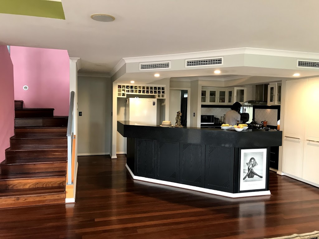Daves Art House | lodging | 52A Grosvenor Rd, Perth WA 6053, Australia | 0412205725 OR +61 412 205 725