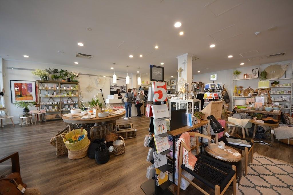 O&C Emporium | clothing store | 6/148 Scarborough Beach Rd, Mount Hawthorn WA 6016, Australia | 0894444141 OR +61 8 9444 4141