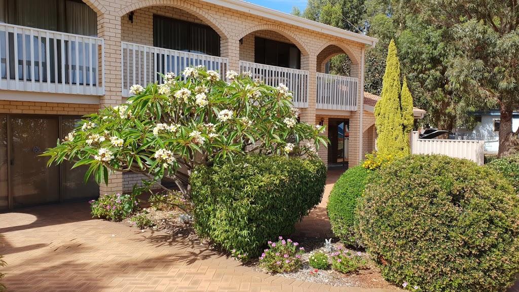 Kalbarri Riverfront Unit | lodging | 26 Grey St, Kalbarri WA 6536, Australia | 0417177045 OR +61 417 177 045